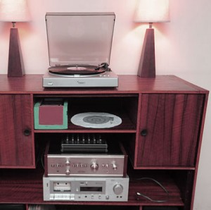 70s_stereo_web2